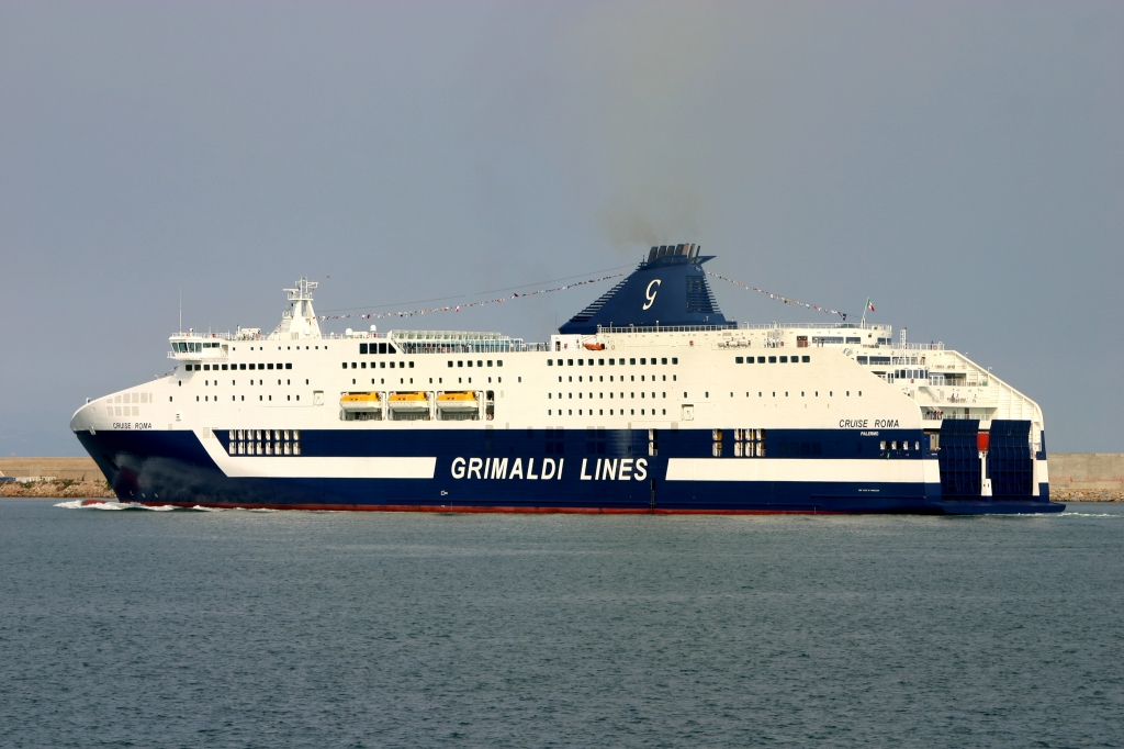 Infos - les Ports, et Infrastuctures maritimes Cruise_roma5